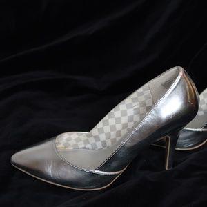 Christian Siriano Silver Chrome Heels Size 11W